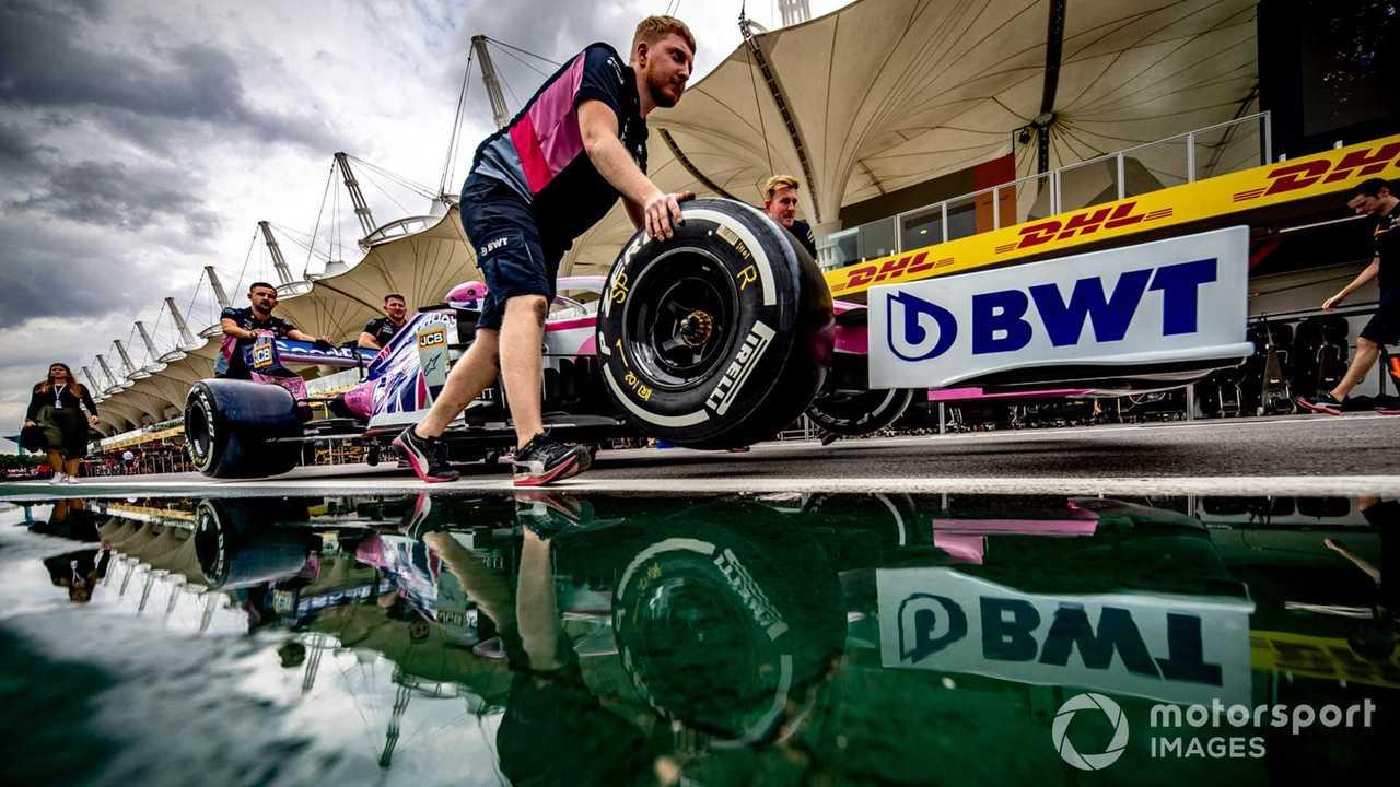 Racing Point mechanics at Brazilian GP 2019