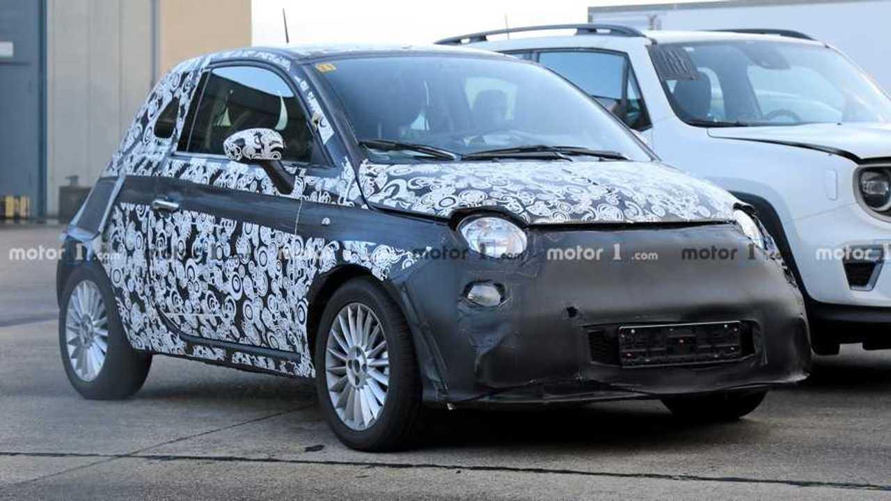 Flagra: Fiat 500e (elétrico)