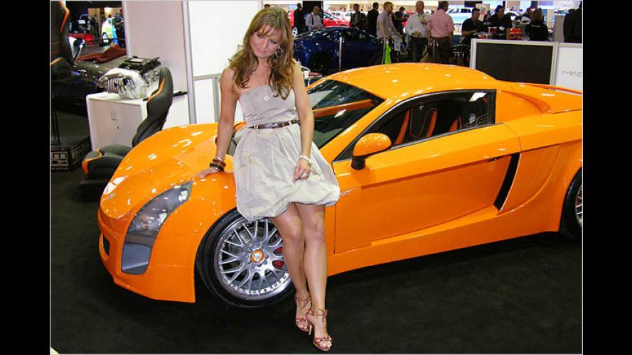 Die heißesten Girls auf der British International Motor Show 2008