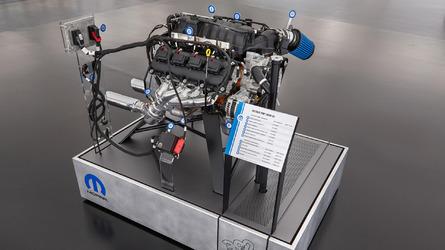 Mopar'ın geliştirdiği sandık motor kiti