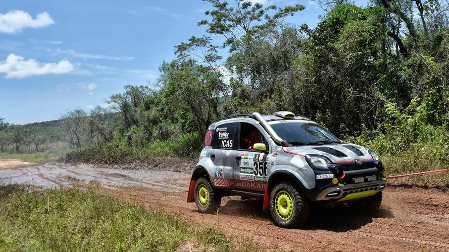 """Pandakar"" - Fiat Panda 4x4 chama a atenção no Rally Dakar"