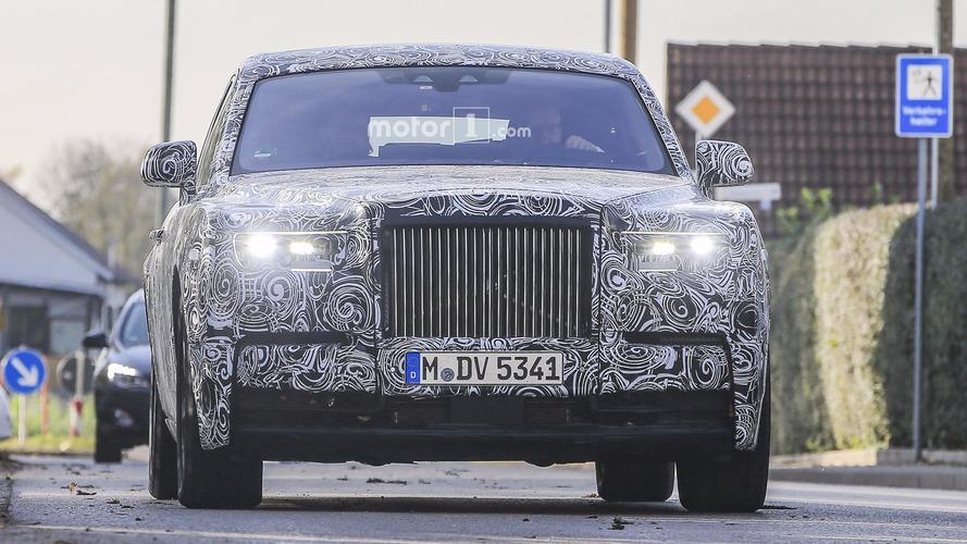 2018 Rolls-Royce Phantom spy photo