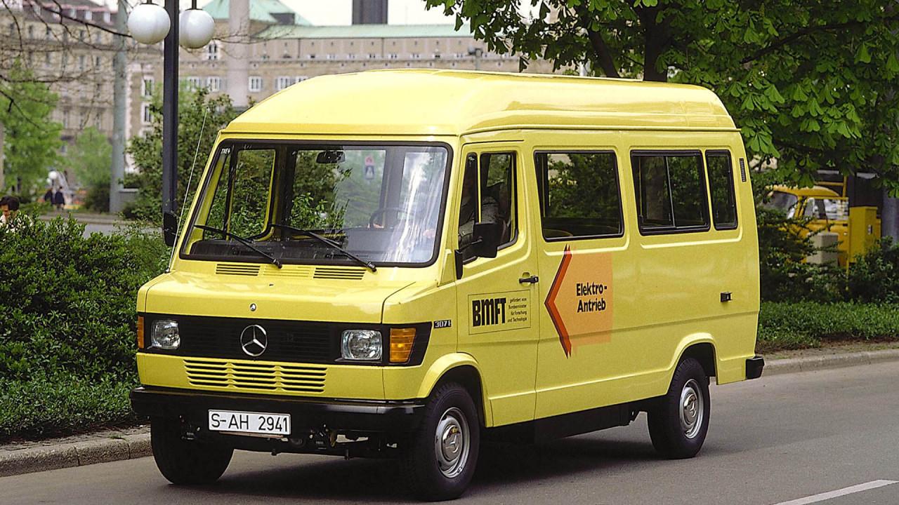 Mercedes 307 E (1980)