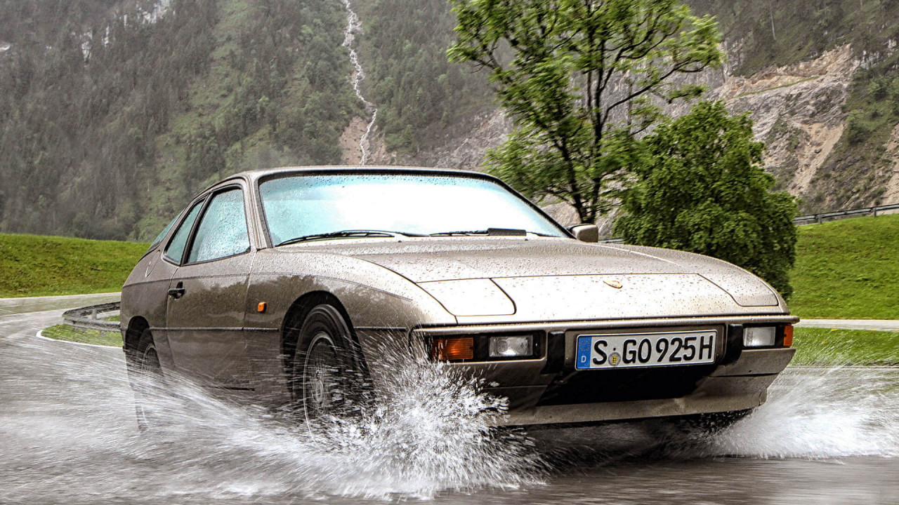 Platz 13: Porsche 924/944