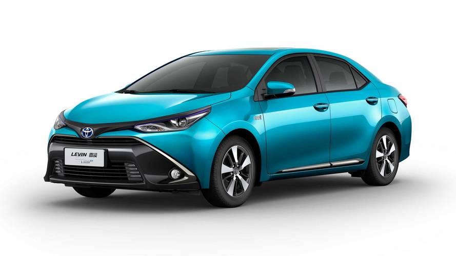Toyota présente deux nouveaux modèles hybrides pour la Chine