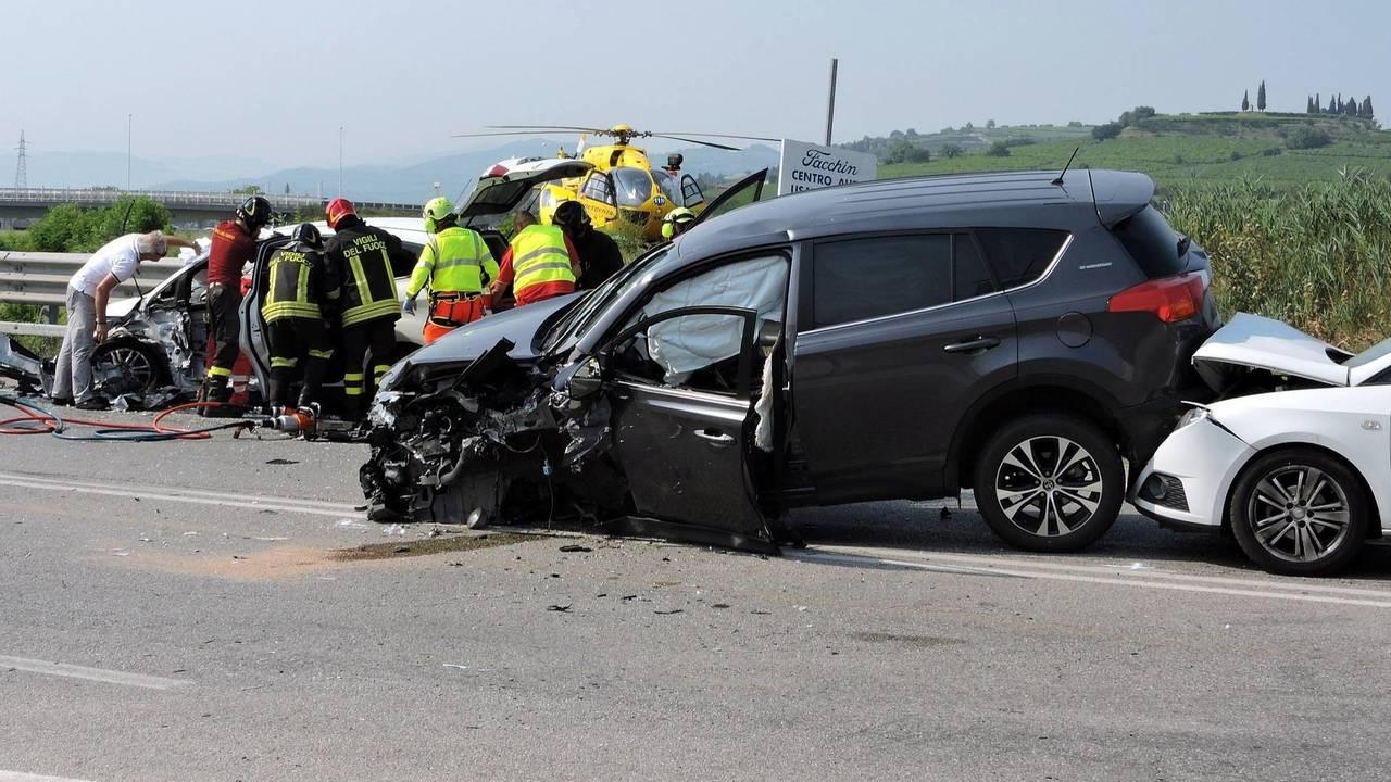 Incidente auto strada
