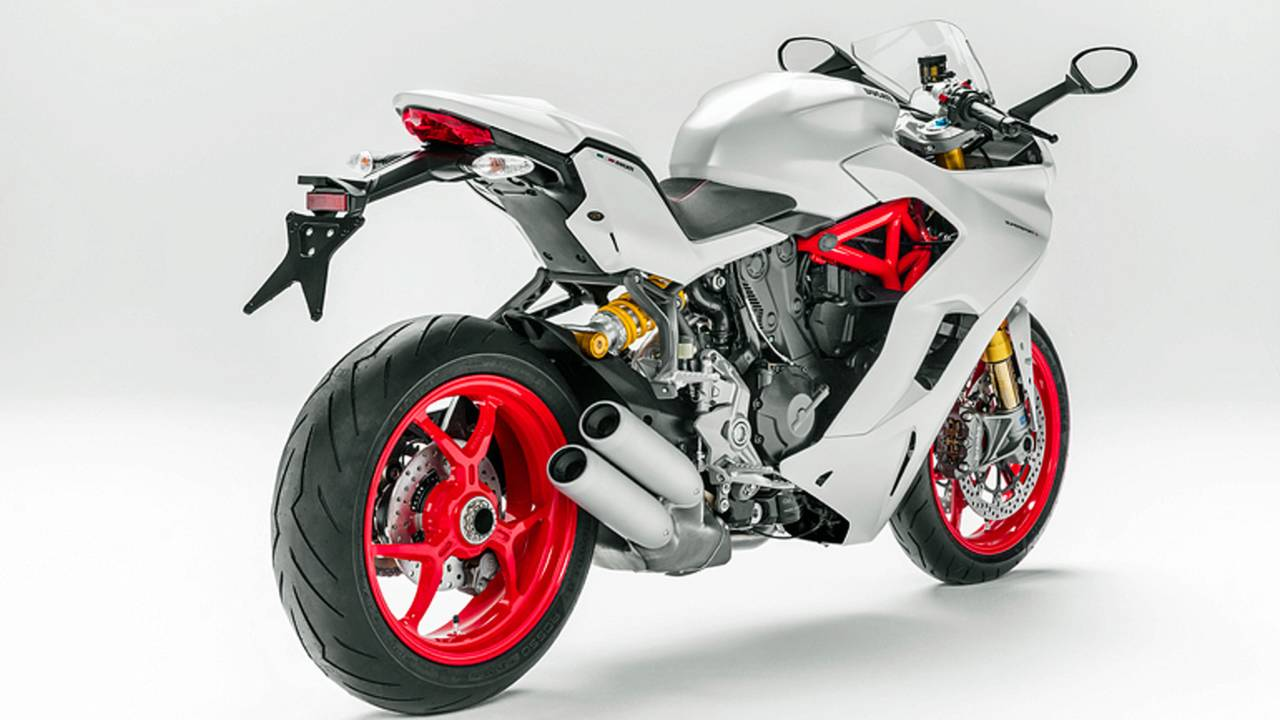 <strong>The Ducati SuperSport is designed for those who want a sport-inspired bike that still provides comfort and easy handling on everyday roads.</strong>