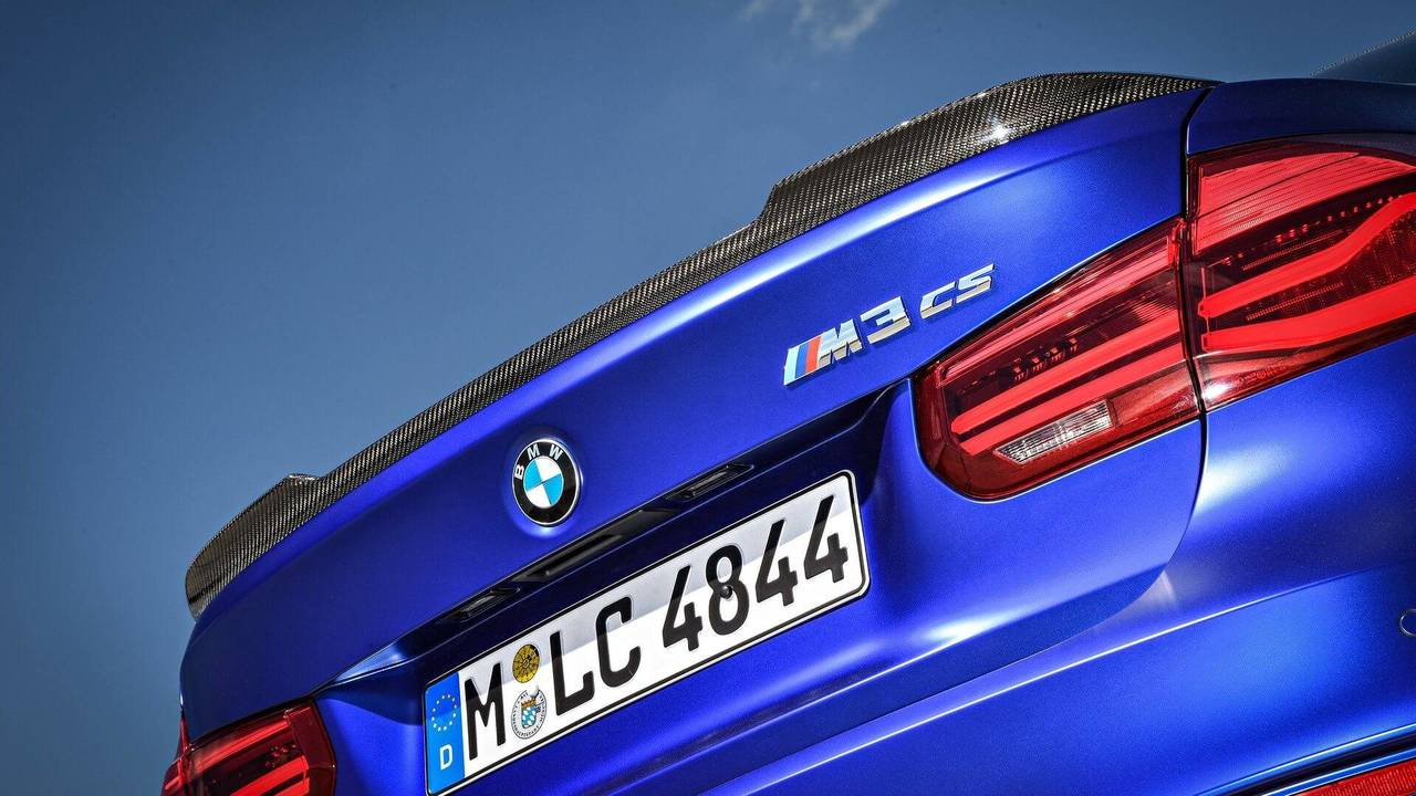 BMW M Teaches You How To Use A Dual-Clutch Gearbox