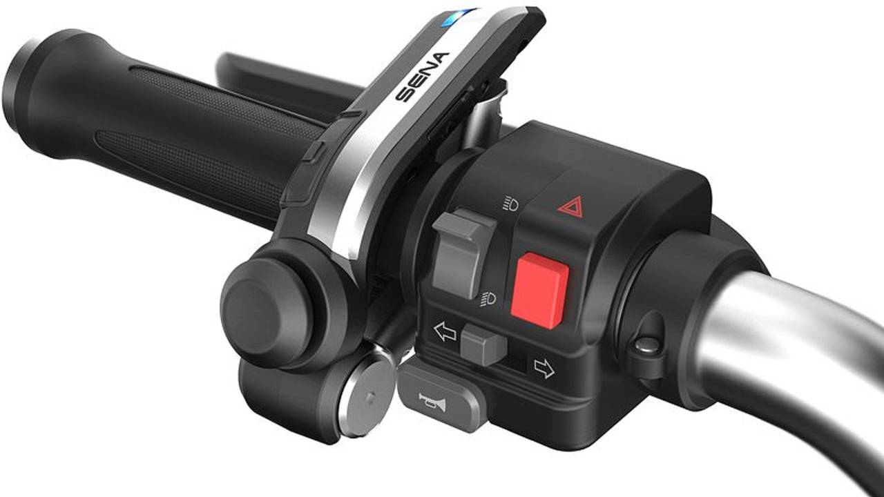 The SenaSMH10R handlebar remote.
