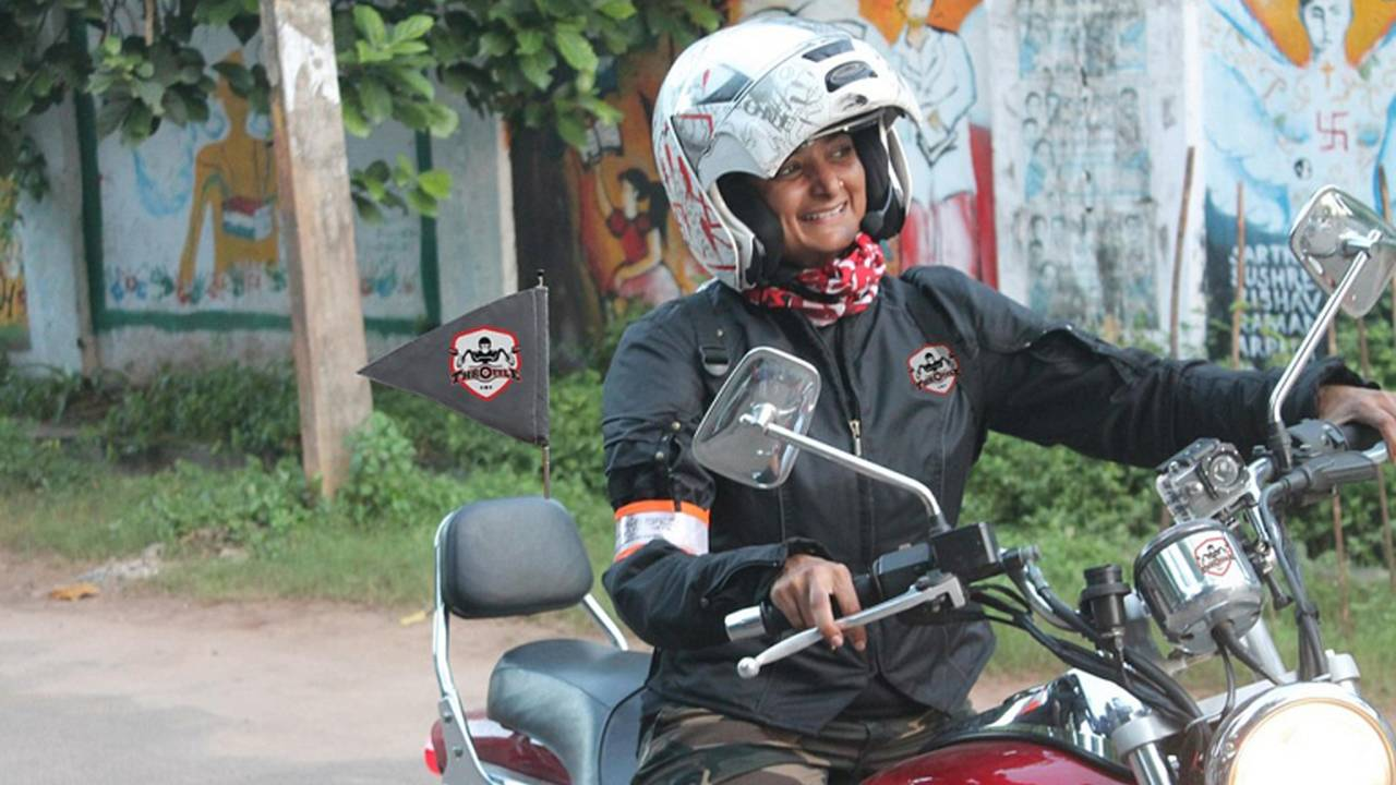 Meet Esha Gupta – India's Female Solo-Tourer