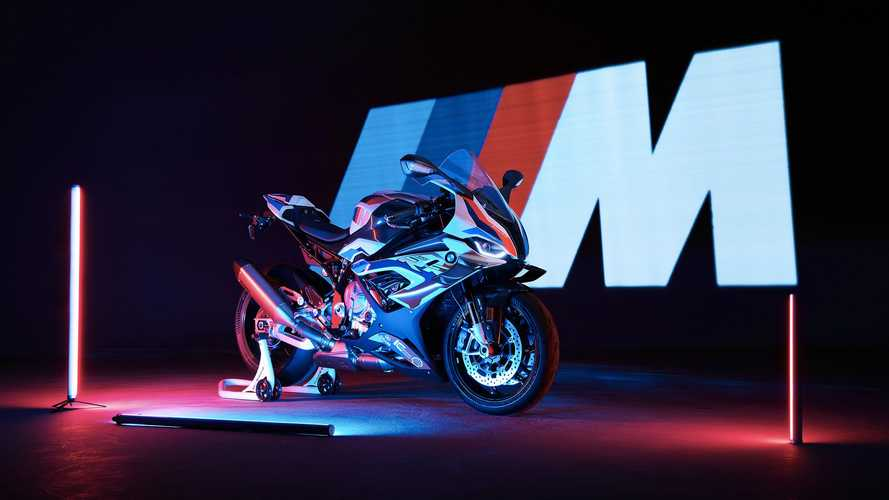 New BMW M1000RR Is Your 212HP Track Weapon