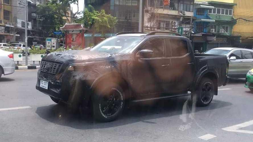 Flagra! Nova Nissan Frontier 2021 estreia ainda neste ano
