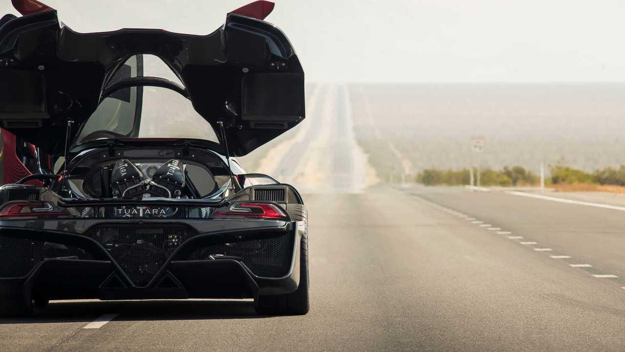 SSC Tuatara Dünyanın En Hızlı Otomobili Oldu