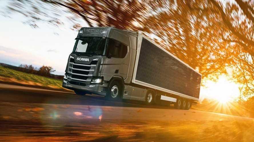 Scania'nın kamyonunu güneş şarj ediyor