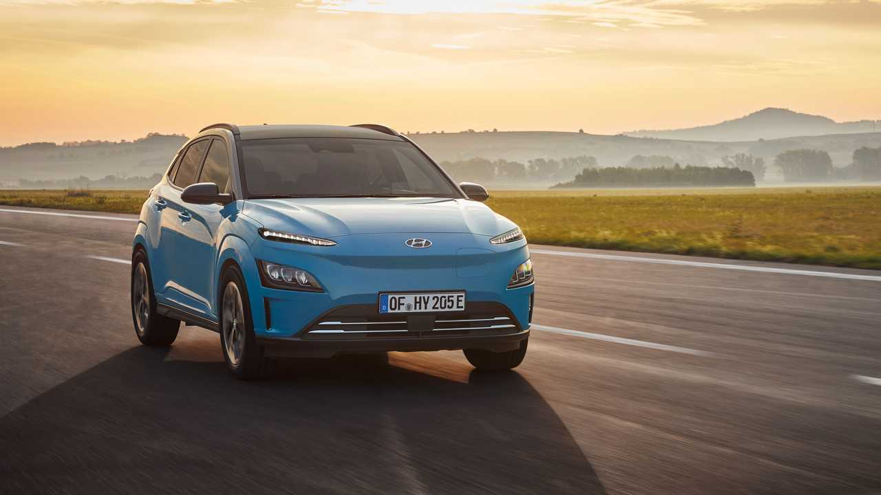 Restyled Hyundai Kona Electric Delivers Cleaner Look And ...