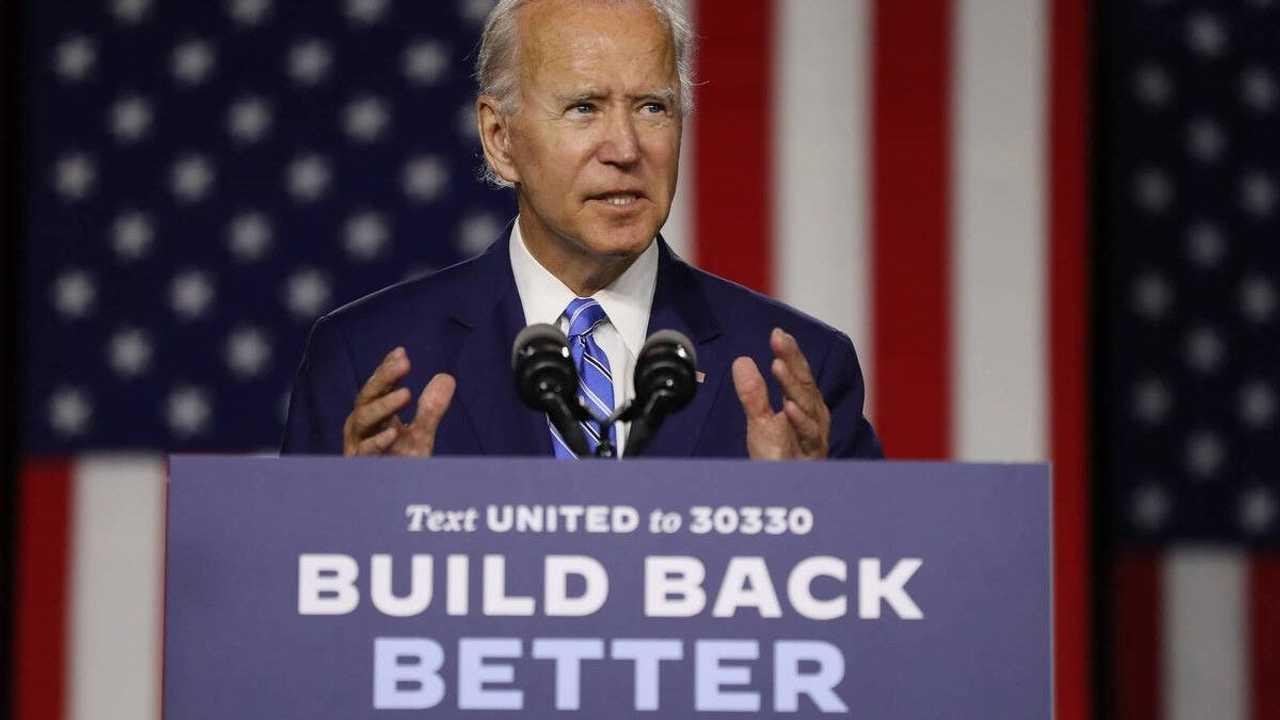 Donald Trump e Joe Biden: la campagna elettorale passa anche per l'auto elettrica