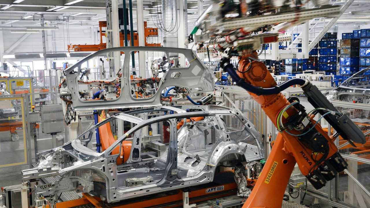 Da Berlino 2 miliardi di euro a sostegno dell'industria dell'auto