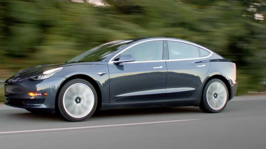 Tesla Model 3 ve Porsche Taycan kozlarını paylaşıyor