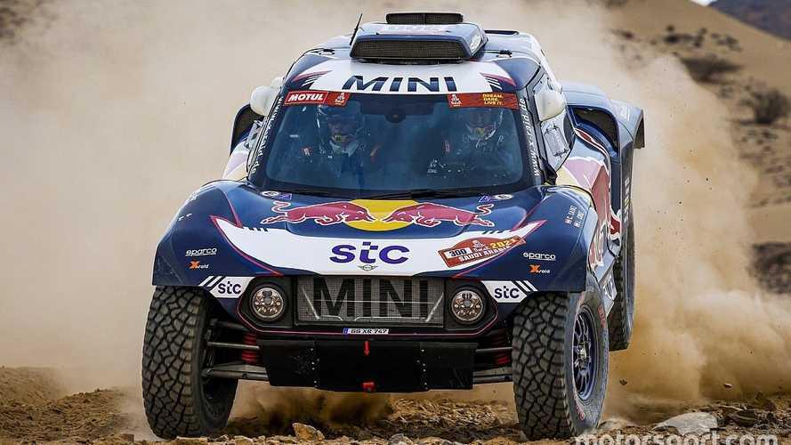 ¡Sainz y Cruz se llevan la etapa 1 del Dakar 2021!
