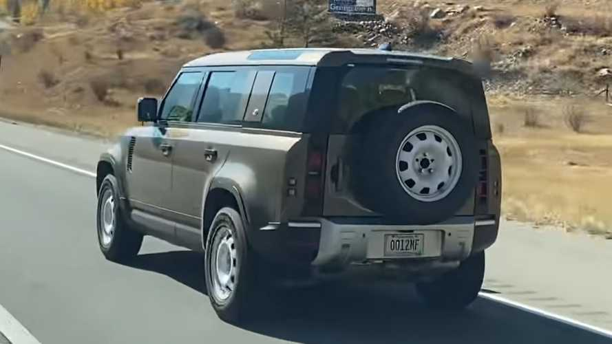 Possible Land Rover Defender Diesel Prototype Spied In US