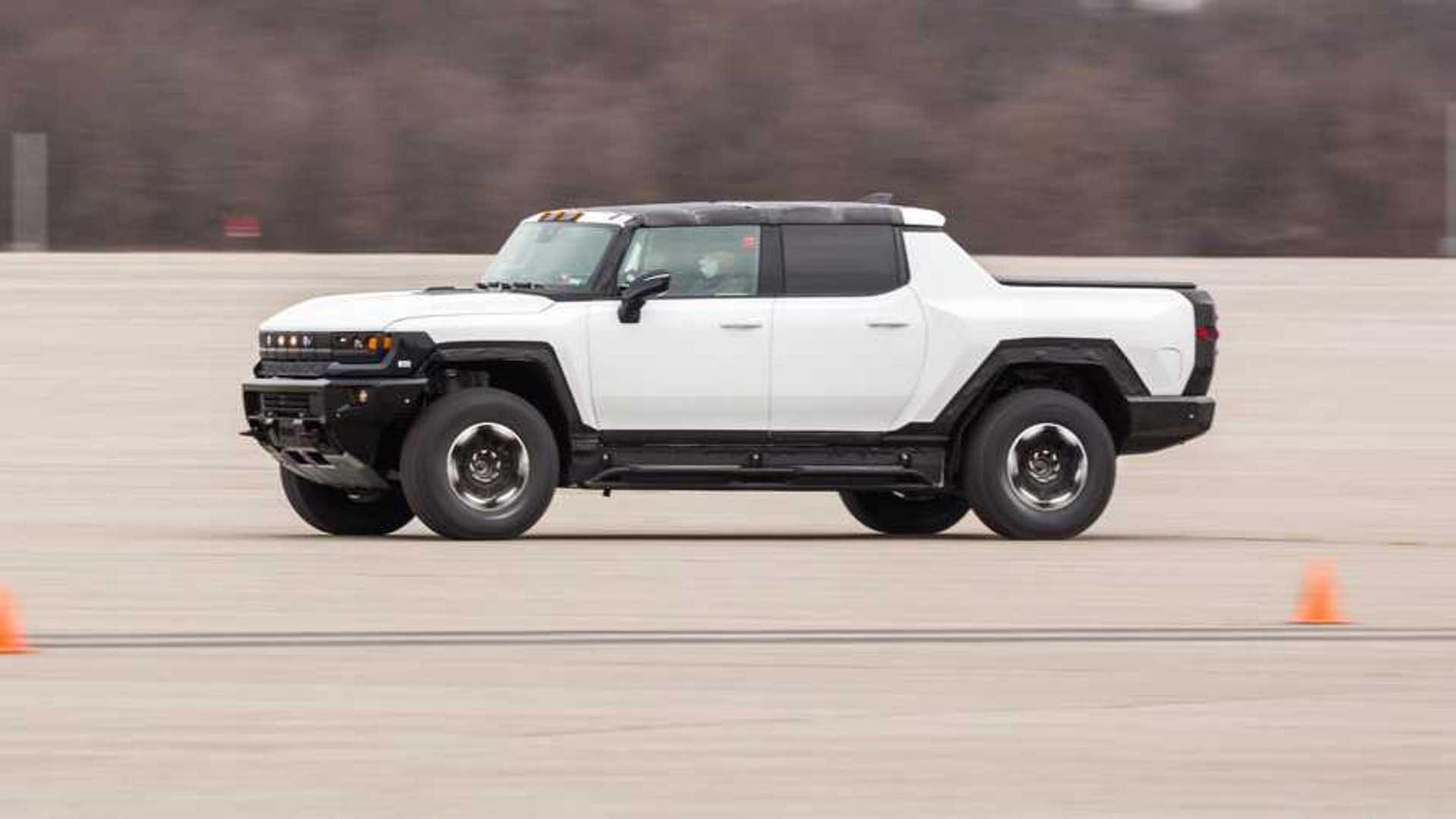 Side GMC Hummer EV