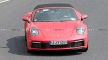 Nuova Porsche 911 Targa, le foto spia