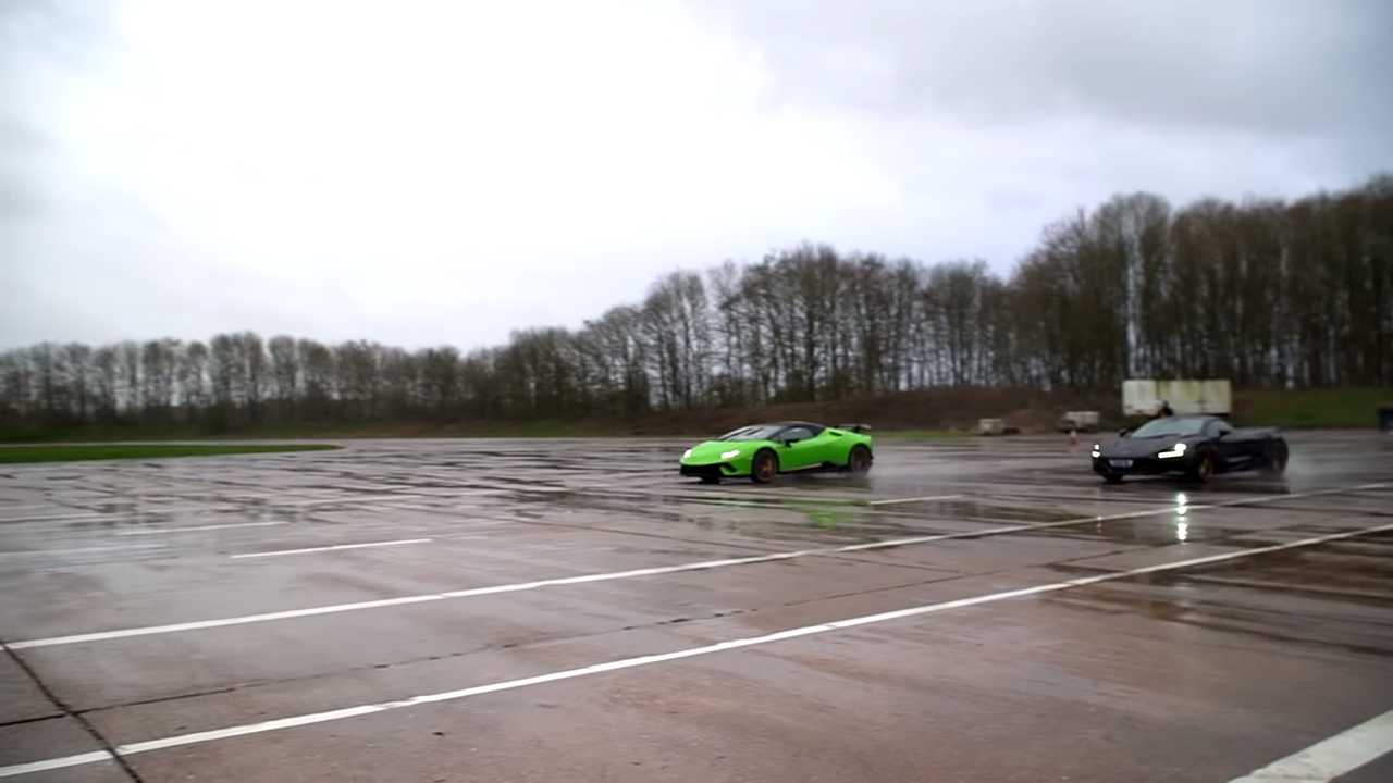 McLaren Wet Drag Race
