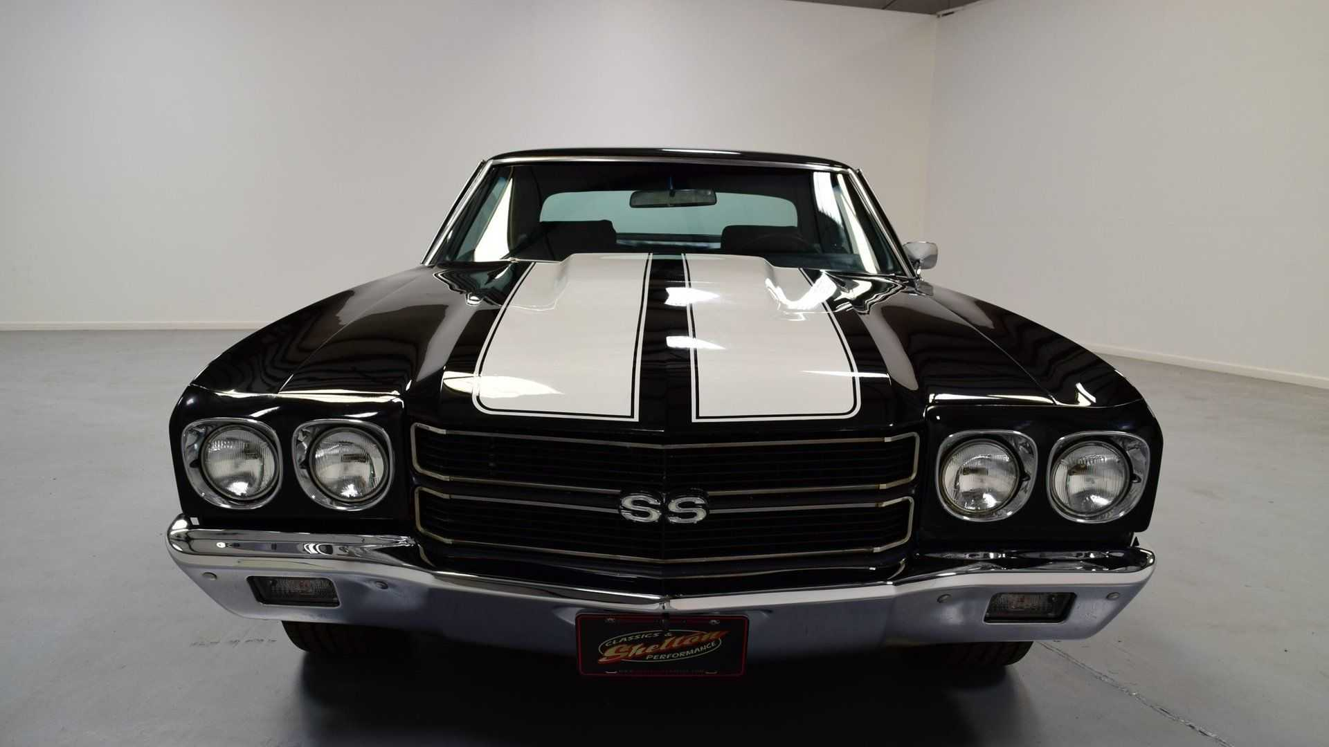 "[""1970 Chevrolet Chevelle SS 454 Looks Like A Garage King""]"