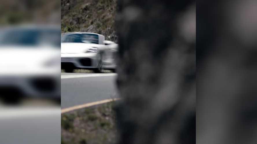 Premier teaser de la Porsche 718 Boxster Spyder