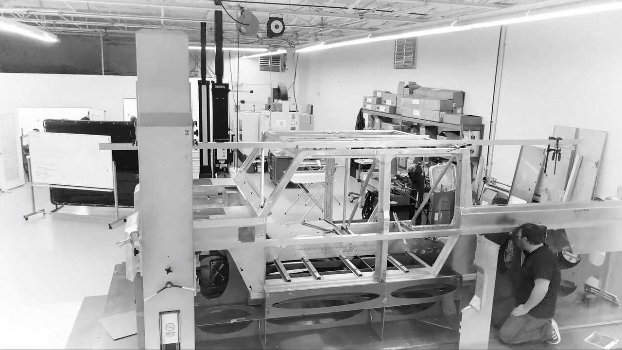 Bollinger B2 Prototipi Videoda Görünüyor - Bir Kısmında