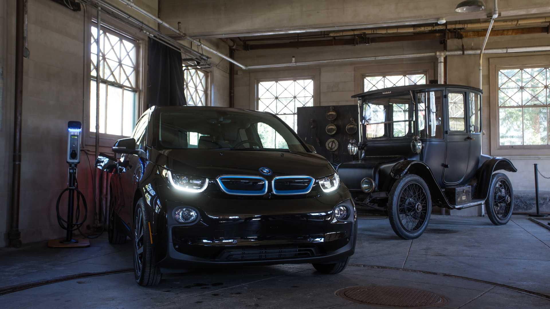 BMW Donated 100 Charging Stations To America's National Parks