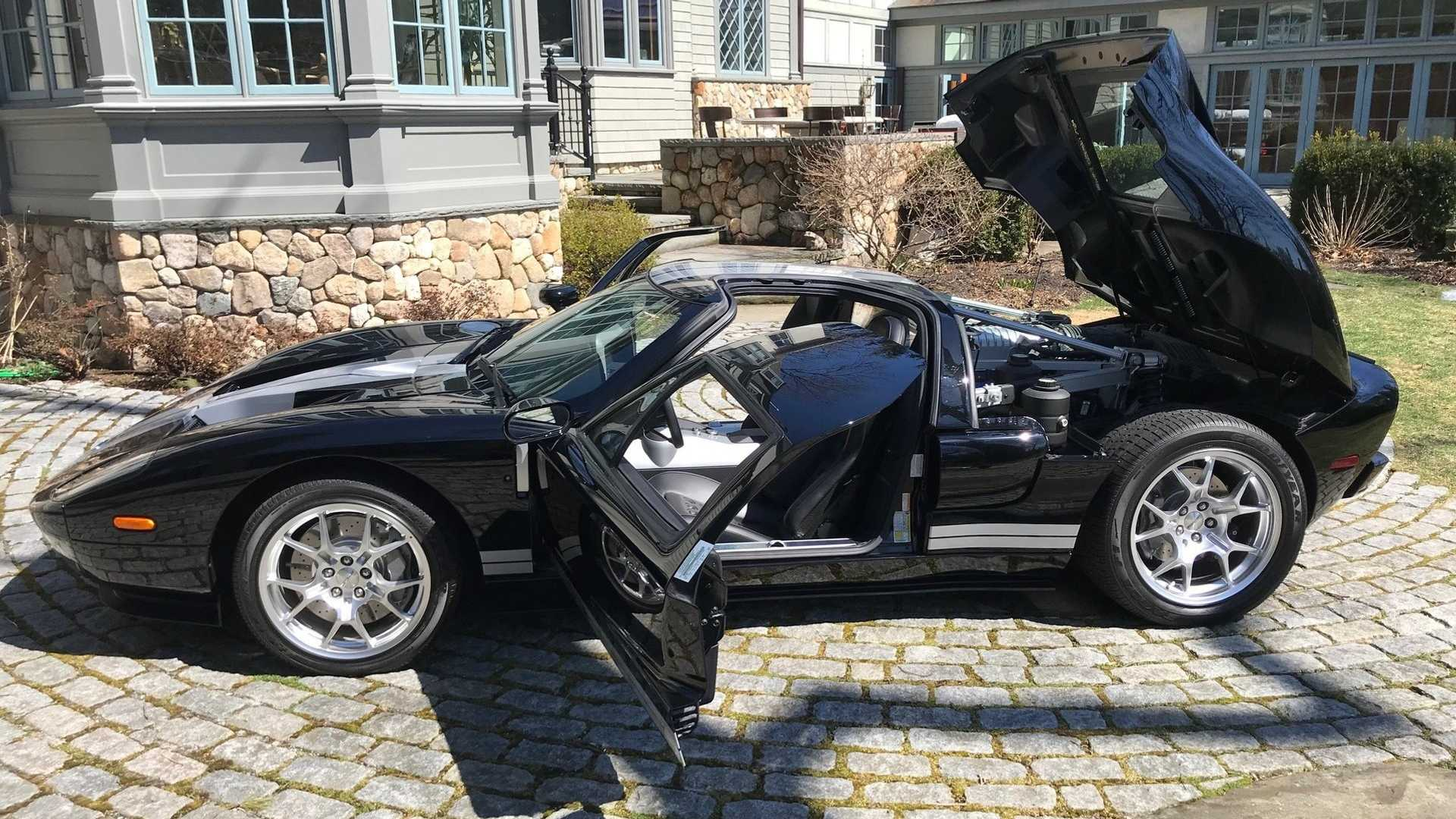 """[""""2005 Ford GT""""]"""