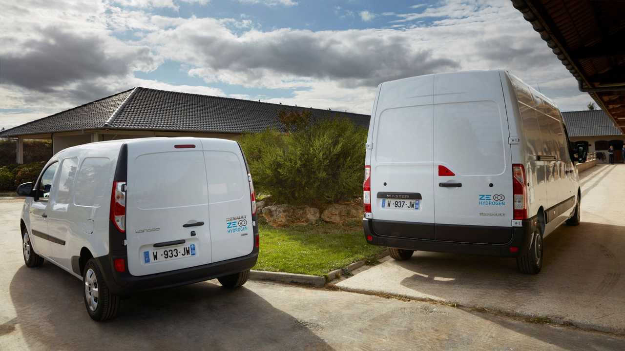 Renault Kangoo Z.E. Hydrogen (left) and Renault Master Z.E. Hydrogen (right)