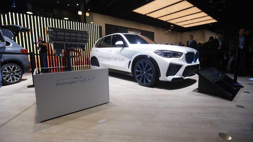 BMW X5, l'auto a idrogeno bavarese riparte da qui