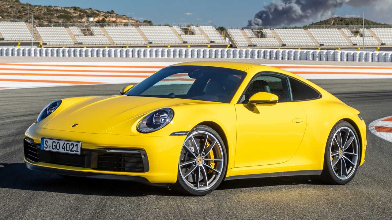 8. Porsche 911 - 9.9 años