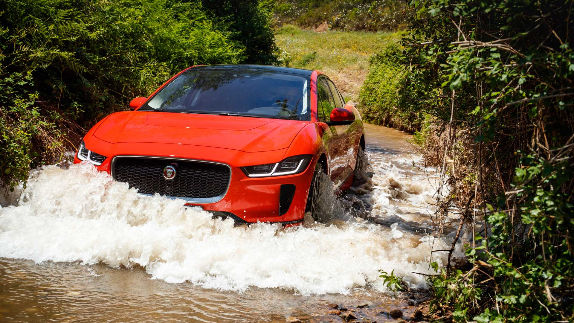 Jaguar I-PACE Sales Decreased To 903 In August 2019