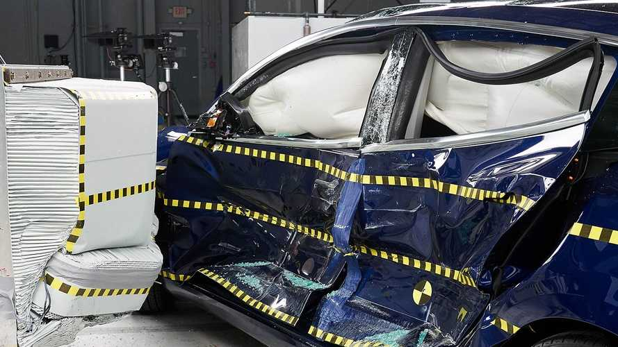 Tesla Model 3, sicurezza al top anche in America