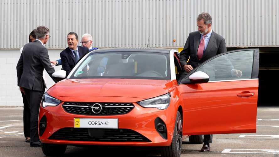 El Opel Corsa 2020 recibe la visita de SM Felipe VI