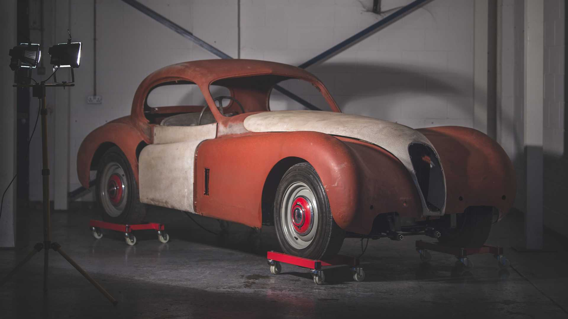 Barn find Jag heads to auction