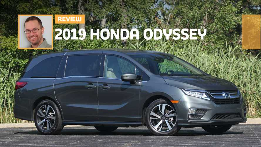 2019 Honda Odyssey Elite Review: Running Van