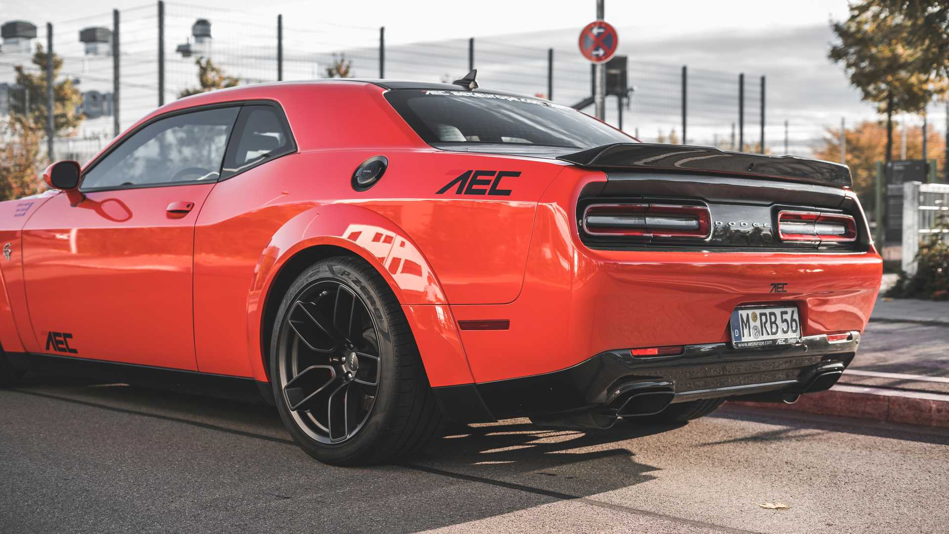 See 888 Hp Dodge Hellcat Xr Accelerate Like There S No Tomorrow