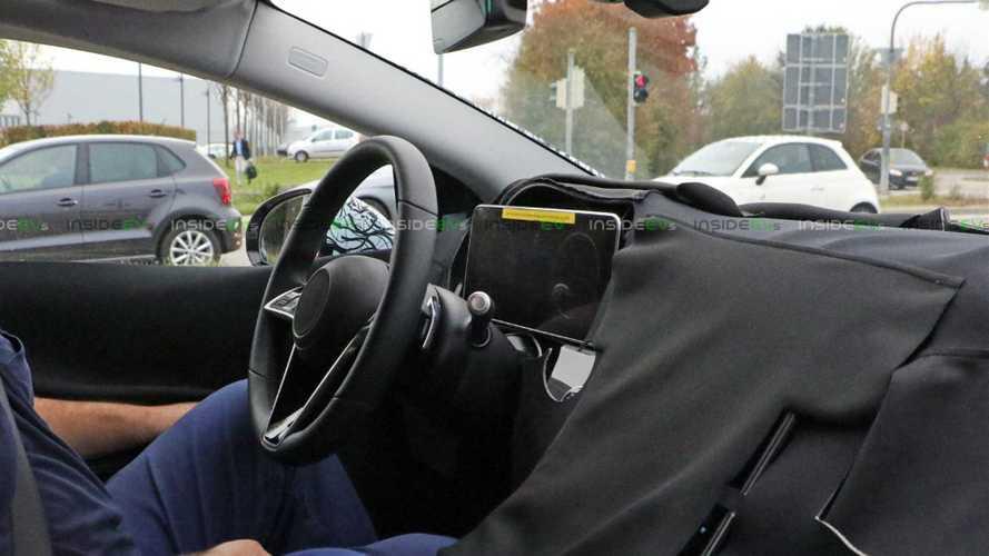 Mercedes EQS, nuove foto spia