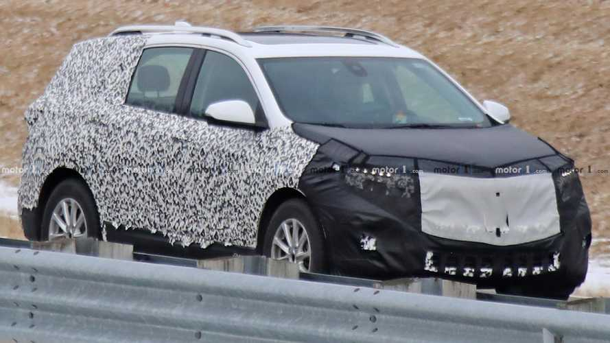 Refreshed Chevrolet Equinox Spy Shots