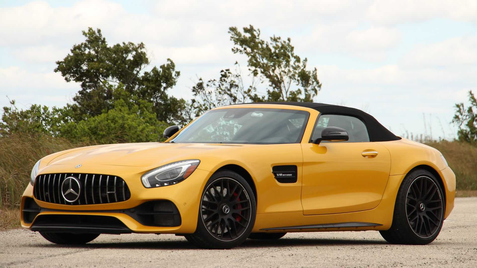 Mercedes Benz Amg >> 2019 Mercedes Amg Gt C Roadster Review Fast Banana