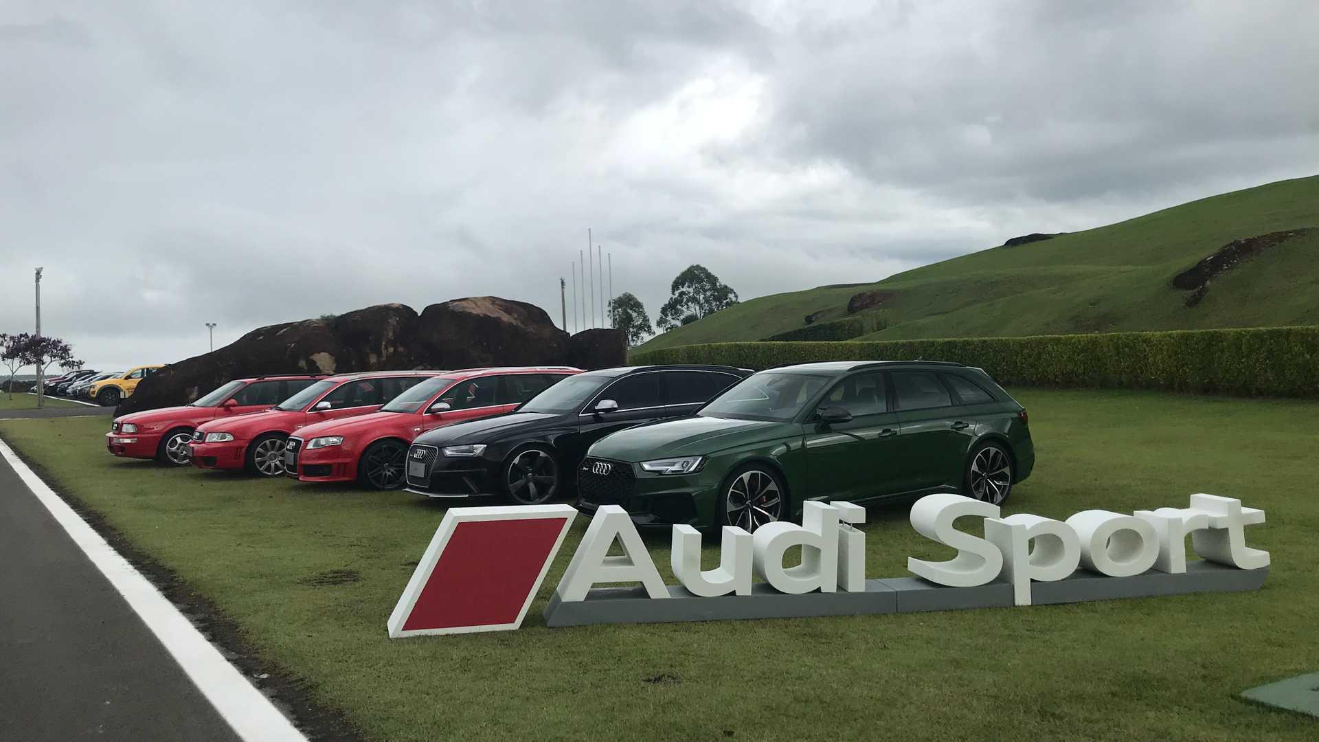 Primeiras impressões Audi RS4 Avant: Tradição mantida Linha-audi-rs-4-e-rs-2