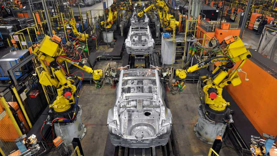 No deal Brexit could bring back to '80s level output, says car industry