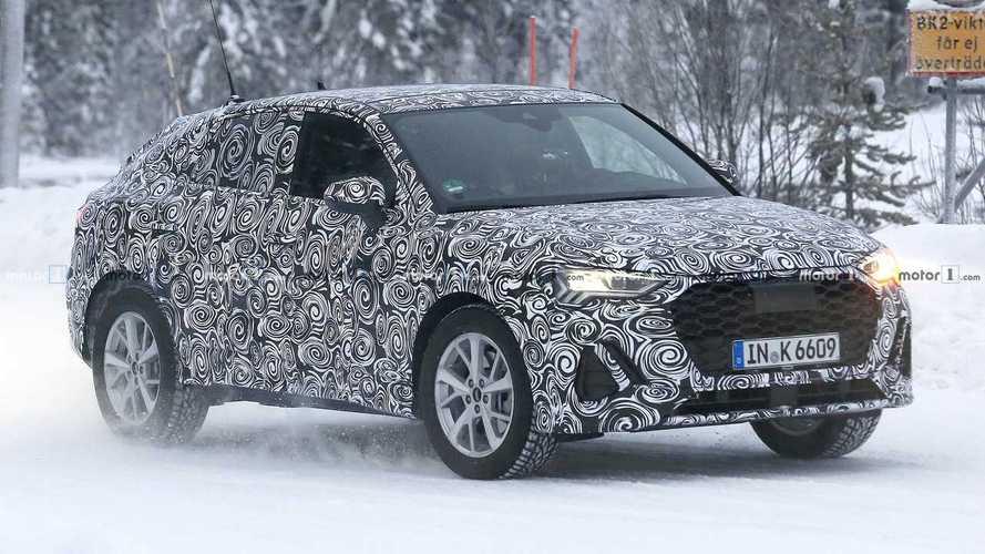 Audi Q4, prove di SUV coupé