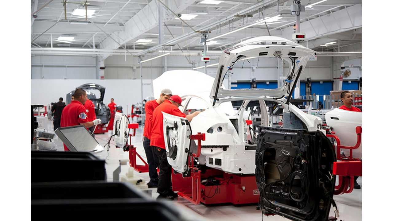 Tesla Model S Production Now Above 400 Per Week