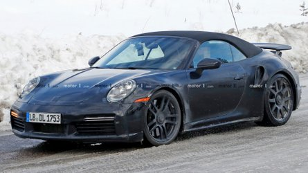 New Porsche 911 Turbo Cabrio doesn't look at home in the snow