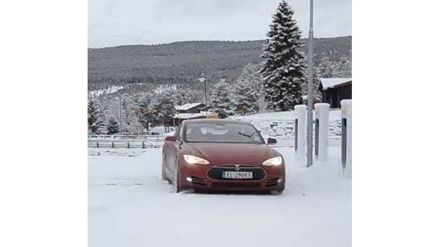 Video: Tesla Model S - Winter Driving in Norway